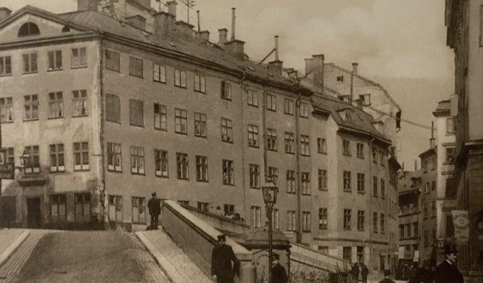 Foto:Köpmantorget, år 1900-1905. Bilkälla: femsmahus.se